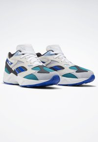 Reebok Classic - AZTREK 96 SHOES - Sneakers laag - white - 2