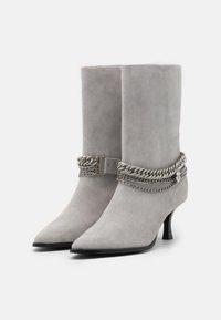 Bronx - NEW LARA - Boots - ice grey - 1