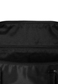 Lipault - LADY PLUME - Handbag - black - 3