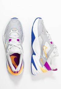Nike Sportswear - M2K TEKNO - Sneakersy niskie - light smoke grey/photon dust/vivid purple/laser orange/hyper blue/summit white - 3