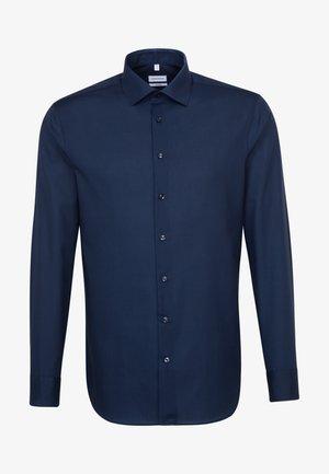 SHAPED FIT - Formal shirt - blue