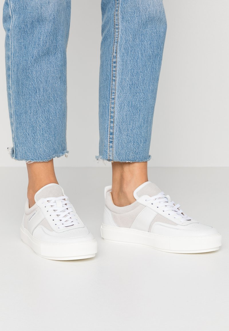Tiger of Sweden - SALI - Trainers - white