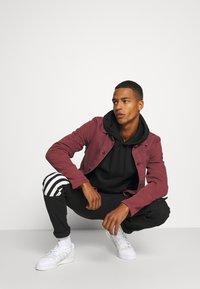 274 - BENSON JEAN - Jeans slim fit - black - 3