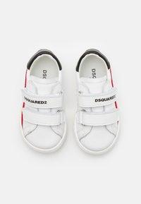 Dsquared2 - UNISEX - Trainers - white - 3