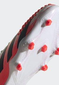 adidas Performance - PREDATOR 20.2 FG - Fotbollsskor fasta dobbar - ftwwht/cblack/pop - 8