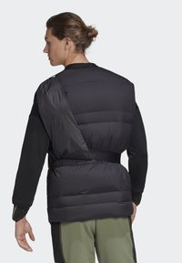 adidas Performance - URBAN COLD RDY OUTDOOR VEST - Waistcoat - schwarz - 1