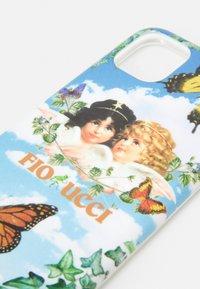 Fiorucci - ANGELS PHONE CASE - Phone case - sky - 3