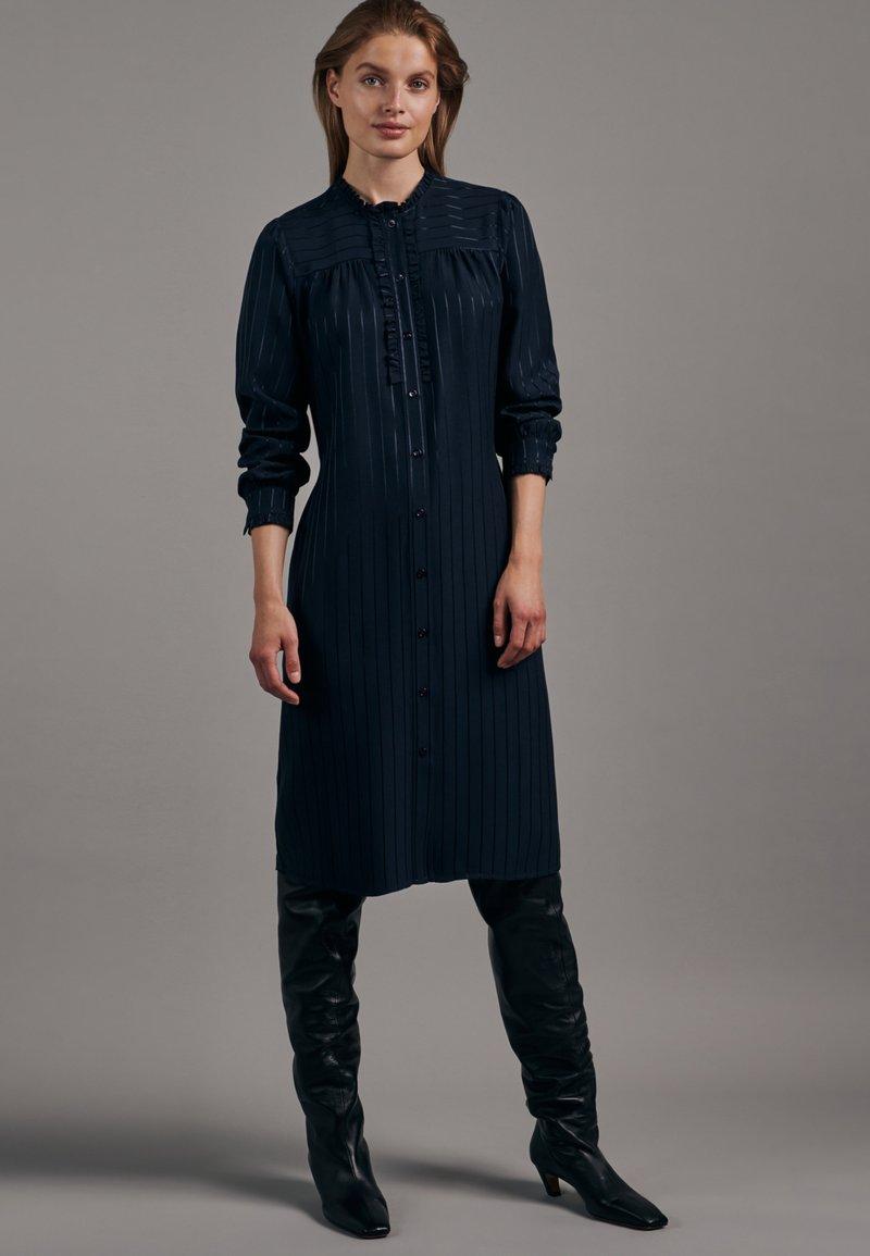Seidensticker - KLEID SCHWARZE ROSE REGULAR FIT  - Shirt dress - dunkelblau