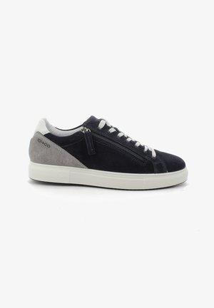Sneakers - blau