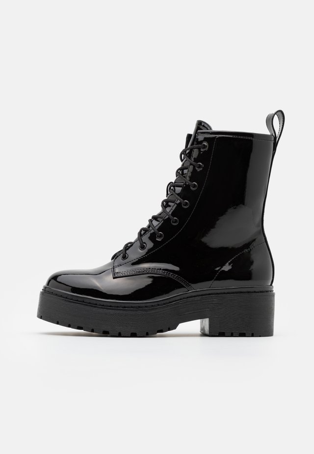 PERFECT LACE BOOT - Bottines à plateau - black