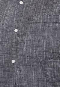 TOM TAILOR DENIM - BUTTON DOWN  - Shirt -  iris blue - 5
