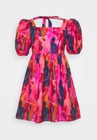 WHO RUN THE WORLD MINI DRESS - Denní šaty - pink