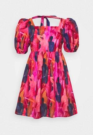 WHO RUN THE WORLD MINI DRESS - Day dress - pink