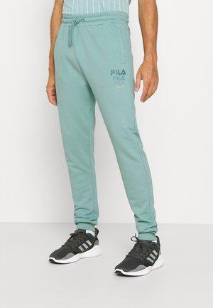GAVIN PANTS - Teplákové kalhoty - cameo blue