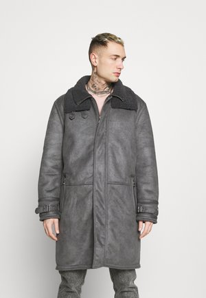 LONG LINE SHEARLING - Classic coat - grey