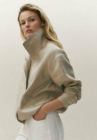 Massimo Dutti - Light jacket - beige - 2