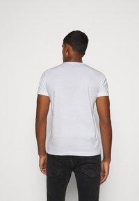 Iceberg - Print T-shirt - white - 2