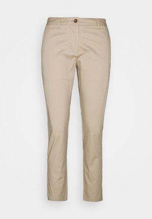 FRYDA CLASSIC  - Chino kalhoty - sand