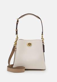 Coach - WILLOW BUCKET BAG ADJUSTABLE - Handbag - chalk/multi - 0