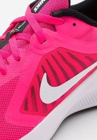 Nike Performance - DOWNSHIFTER - Neutral running shoes - hyper pink/white/black - 5