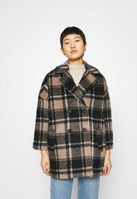 JUST FEMALE - CHELSEA COAT - Zimní kabát - walnut - 0