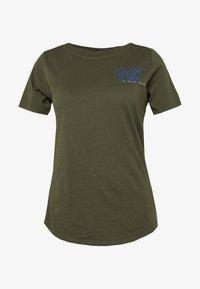 MYSID OPTIC SLIM NECK  - Print T-shirt - algae