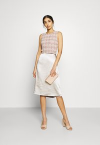 Lace & Beads - GIA - Linne - nude - 1