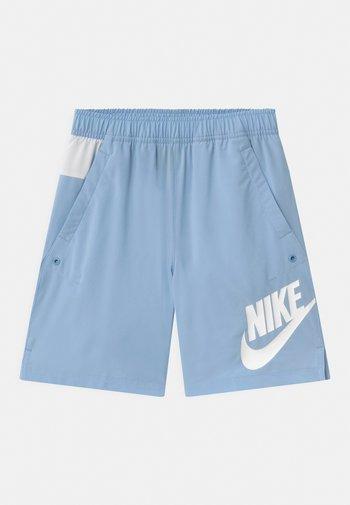 Shorts - psychic blue