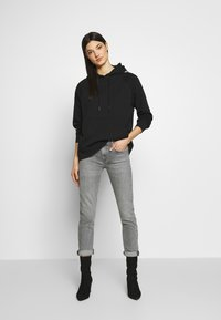 Agolde - TONI - Jeansy Slim Fit - mirror - 1