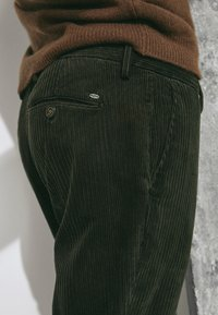 Massimo Dutti - SLIM-FIT LIMITED EDITION  - Chinos - brown - 3