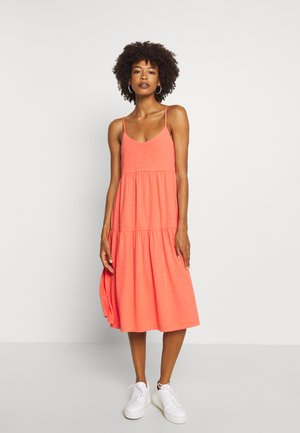 TIERD CAMI MIDI - Jersey dress - flamingo