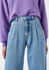 PULL&BEAR - Relaxed fit jeans - light blue - 3