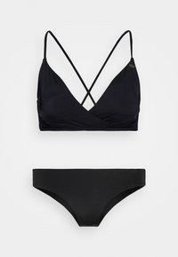 SET - Bikini - black out