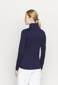 O'Neill - Long sleeved top - scale - 2