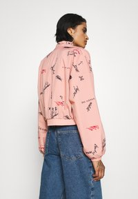 adidas Originals - TRACK TOP - Trainingsjacke - trace pink - 2