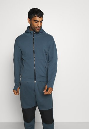 MUST HAVES ENHANCED AEROREADY HOODED - Mikina na zip - blue
