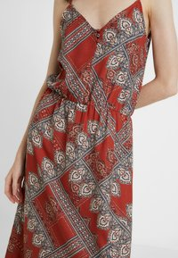 ONLY Tall - ONLDIANA STRAP DRESS - Maxi dress - arabian spice - 4