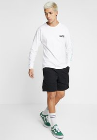 Vans - RANGE - Shorts - black - 1