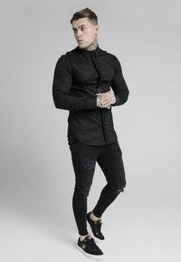 SIKSILK - Shirt - black - 1