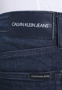 Calvin Klein Jeans - SLIM - Slim fit jeans - denim dark - 4