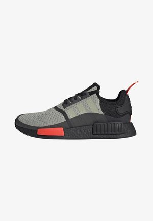 NMD_R1 - Matalavartiset tennarit - halo green/core black/semi solar red