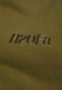 H2O Fagerholt - CREAM DOCTOR ONECK - Sweatshirt - army - 2