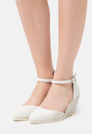 ISLA - Wedge sandals - marfil