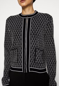 KARL LAGERFELD - TEXTURED CARDIGAN - Cardigan - black/white - 5