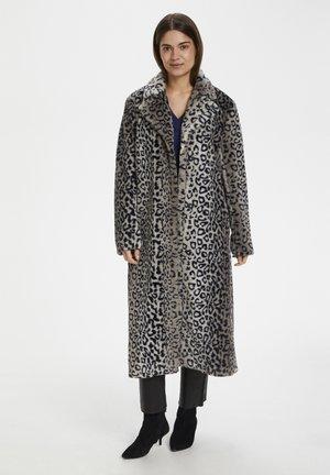 Classic coat - leo fur