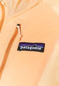 Patagonia - HOUDINI - Ulkoilutakki - cowry peach - 5