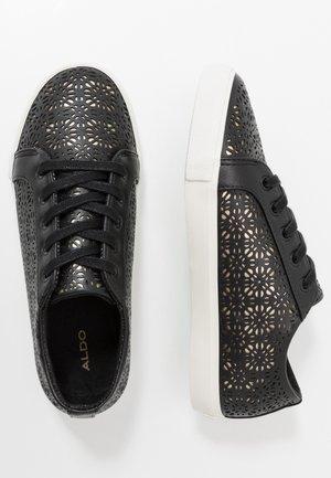 STEPANIE - Sneakers laag - black