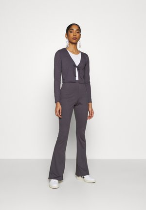 FLARE AND TIE FRONT SET - Vest - antracite grey