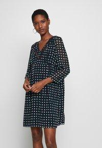 NAF NAF - KEYLA - Robe d'été - imprime - 0