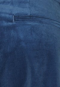 CLOSED - JACK - Chinos - archive blue - 2
